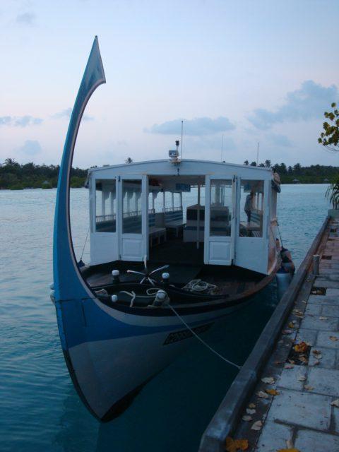 https://vard.si/wp-content/uploads/2020/05/VARD_MALDIVI-DHONJI-COLN-rotated.jpg